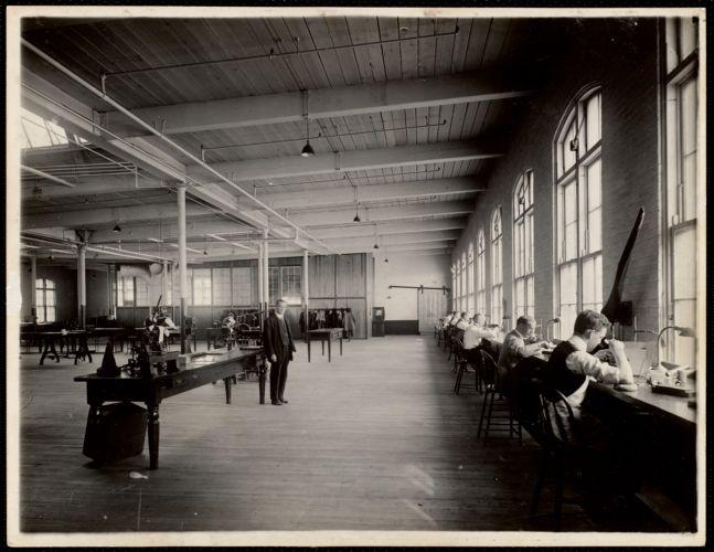 Engraving room, die and plate cutters. Office building, 3rd. floor