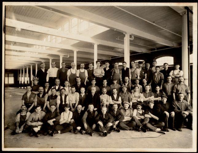 Crabbing room group. George H. Spurr, overseer