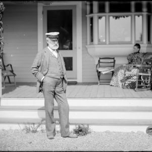 Herman Parker Collection of Glass Plate Negatives, 1885-1913