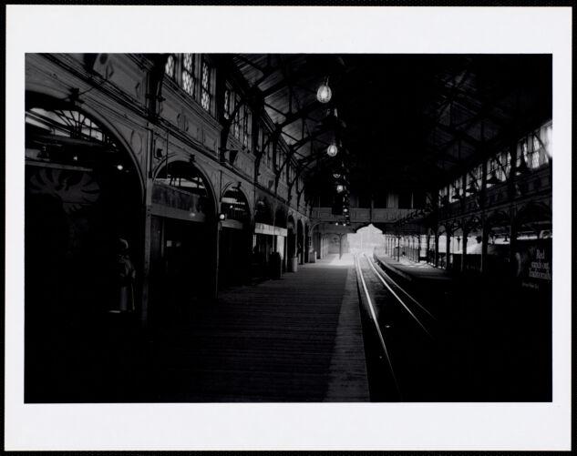 Dudley Station, inbound platform