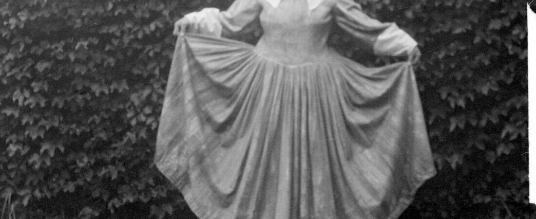 Emily Fuller Drew dressed as a pilgrim