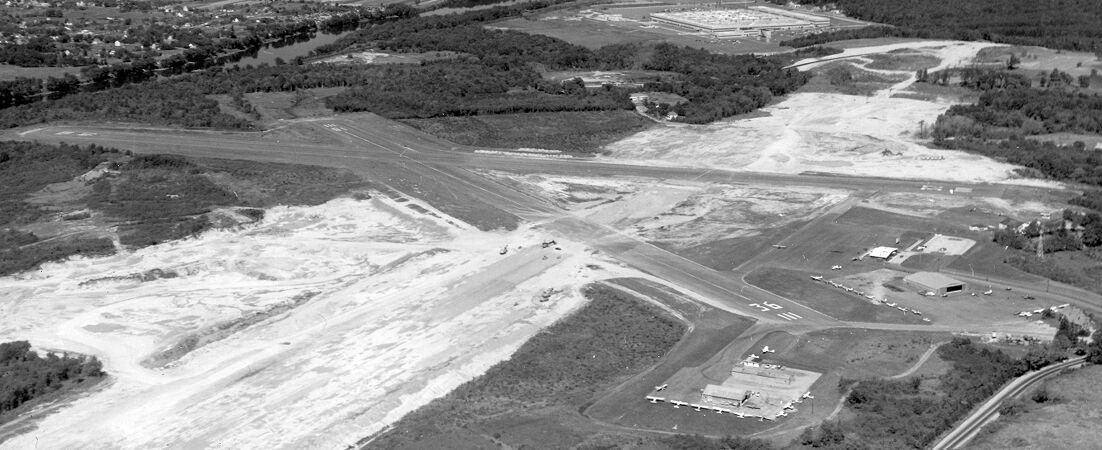 Lawrence Municipal Airport