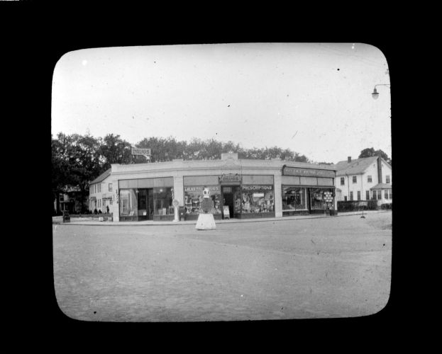 Block of stores, Samoset Avenue and Sea Street