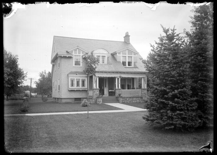 B E Graves house