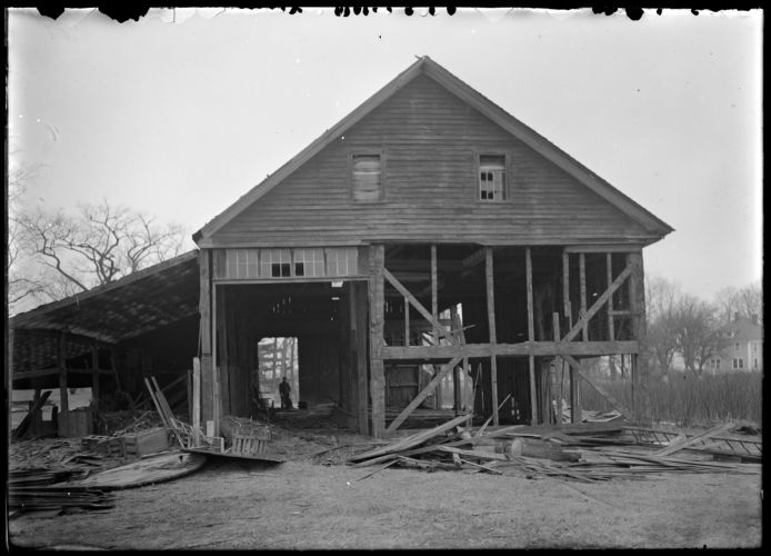 M. Goldthwaite Barn, southend