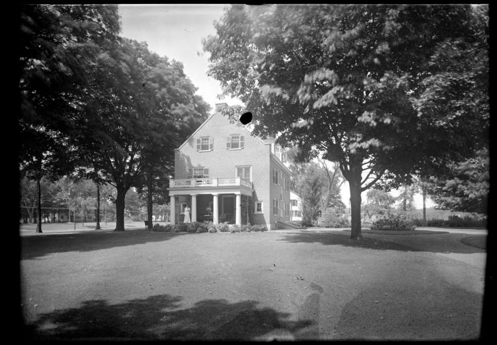 Estabrook house and girl