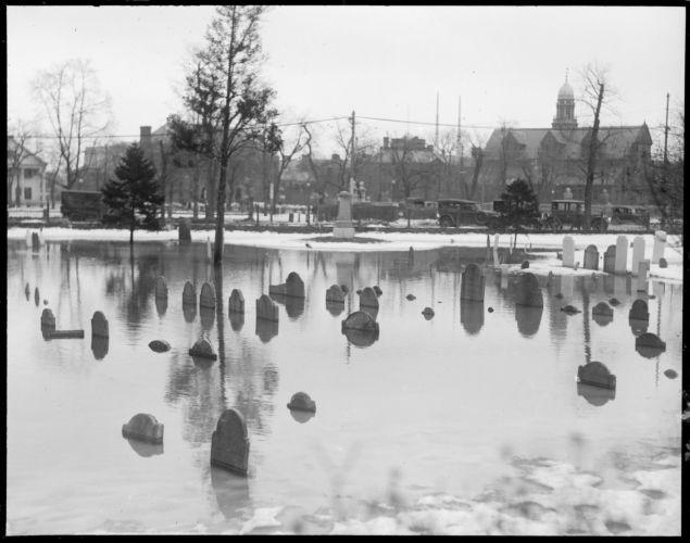 Cambridge Cemetery under water
