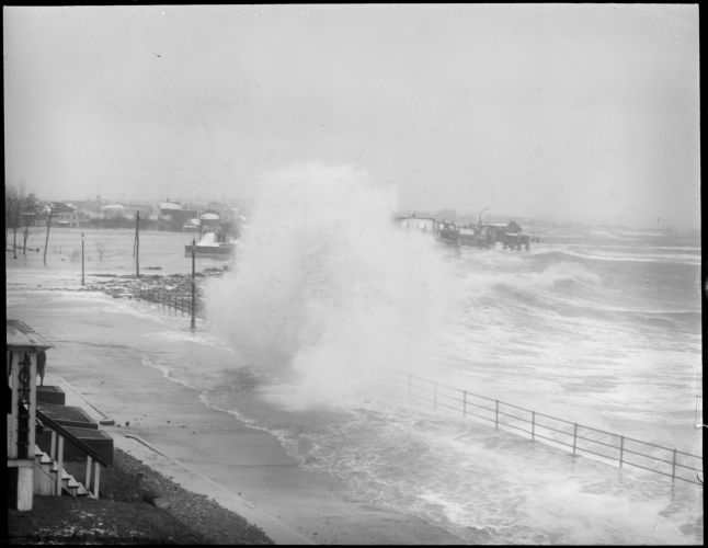 Big surf from storm raises havoc at Roughan's Point, Beachmont, Revere