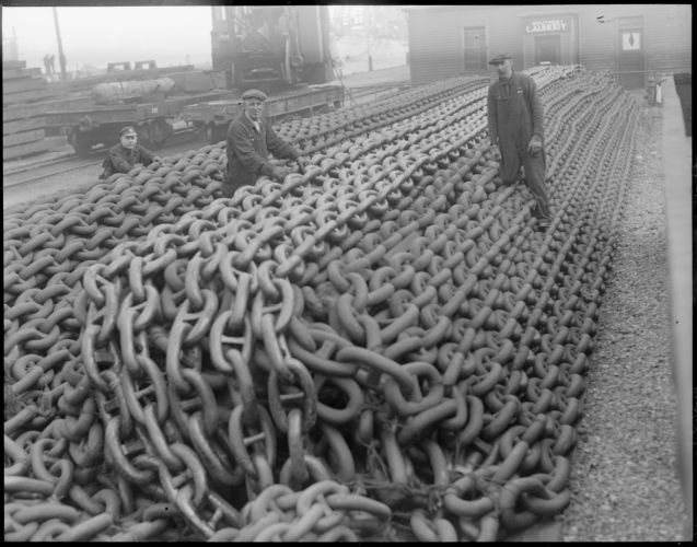 5,000 tons of chain at Charlestown Navy Yard