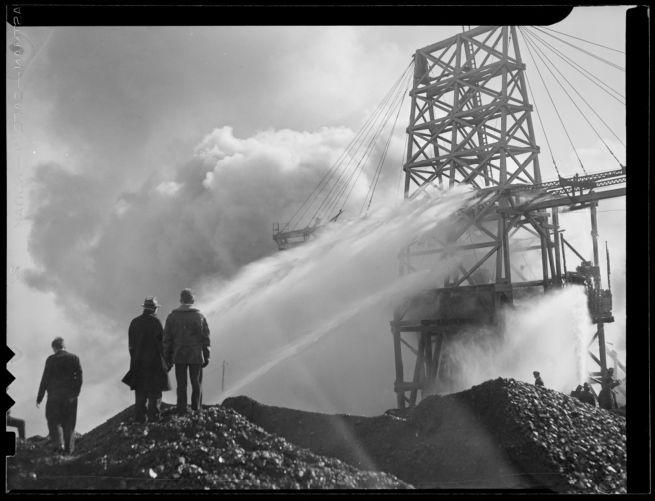 $1 million Lynn Gas & Electric Co. wharf fire