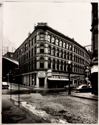 50 Franklin Street constructed 1873, Putnam & Tilden architects. Hawley and Franklin Street. Taken prior to 1957 modernization by architect Robert Bastille, Boston