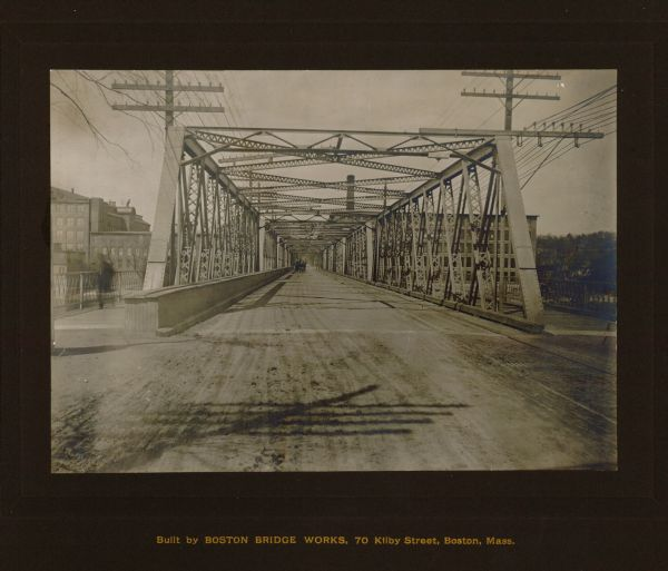Union Street Bridge looking north