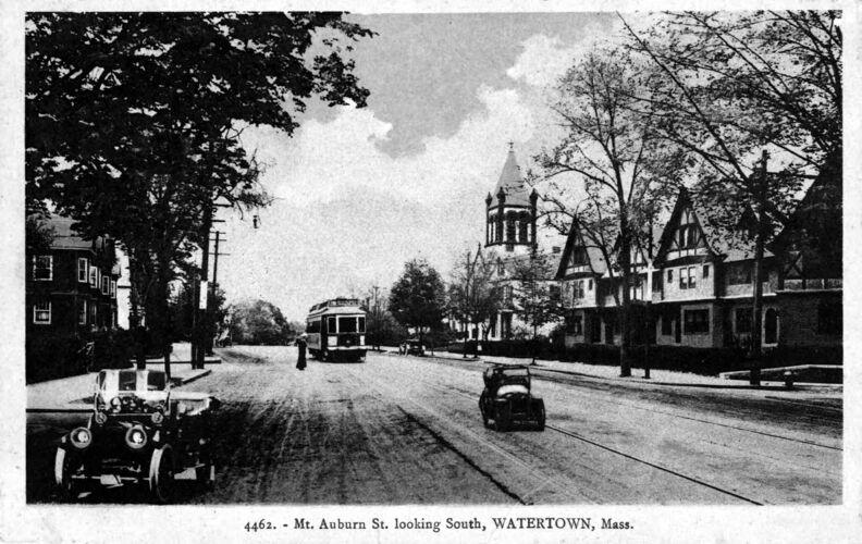 Mount Auburn Street looking south.