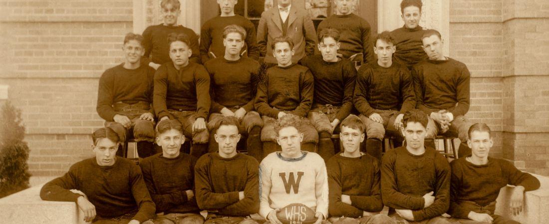 Sports memorabilia [realia], team photos 1926-1933