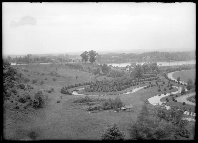 Forest Park, river