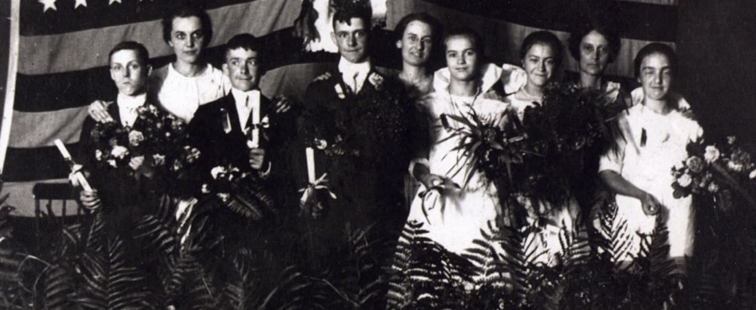 1919 Victory Graduation – Wilbraham School