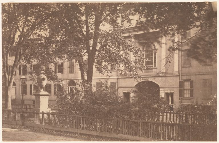 Tontine Crescent, Franklin St.