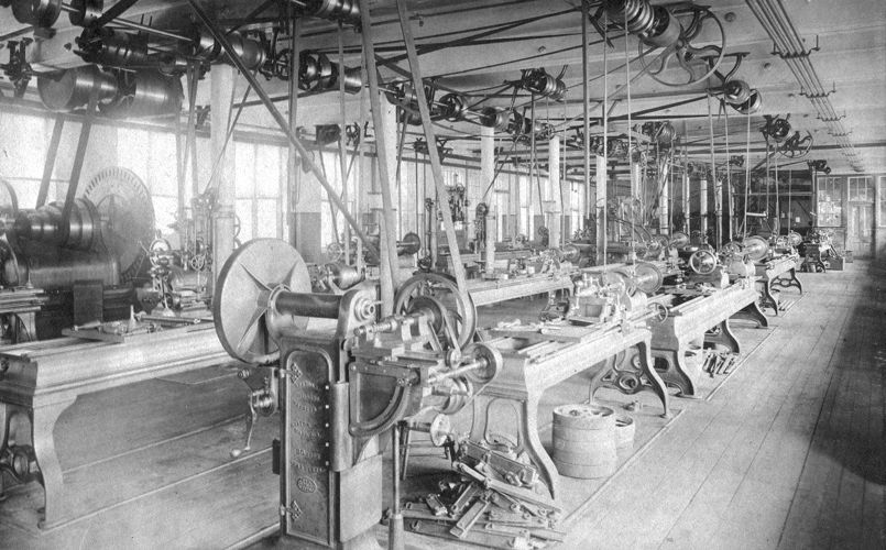 Lower Pacific Mills gear cutting room, 1900