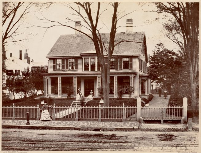Houses: Old Dunbar House, corner of Cliff and Washington Sts.