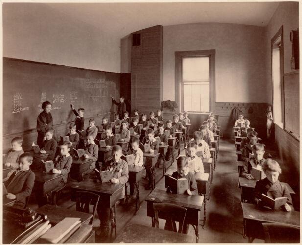 Brimmer School - interior - 6th class, 3rd division