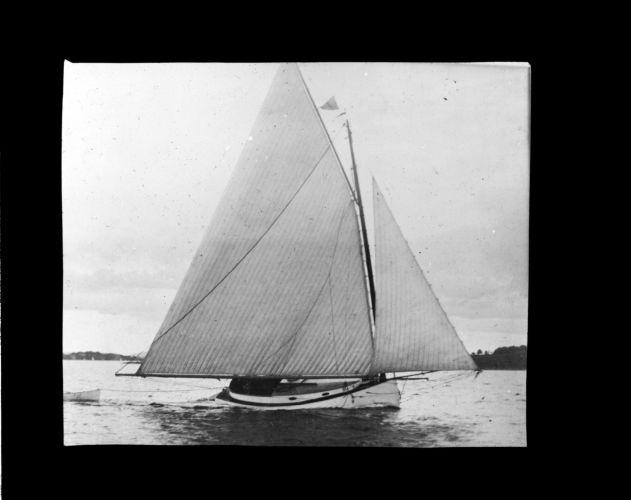 """Yacht """"Mudjekeewis"""""""