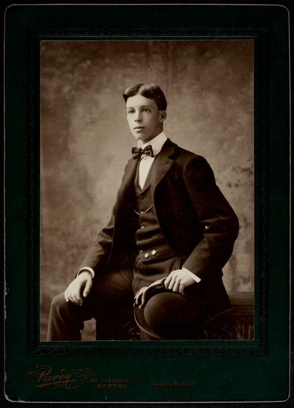 Newton High School Class of 1900 yearbook pictures plus reunion biographies, 1900 - - Harold W. Dearborn -