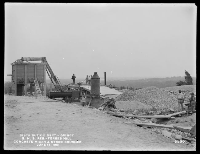 Distribution Department, Southern High Service Forbes Hill Reservoir, concrete mixer and stone crushing plant, Quincy, Mass., Jun. 14, 1901