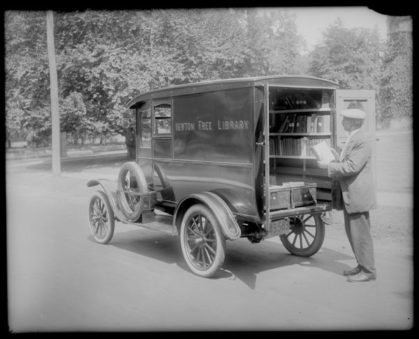 Newton Free Library bookmobile, side view 1920 -