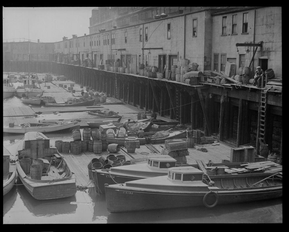 Leslie Jones photo of Mercantile Wharf (1928)
