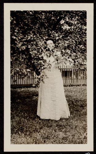 Aunt Lizzie - Elizabeth Bennett, Highland Avenue