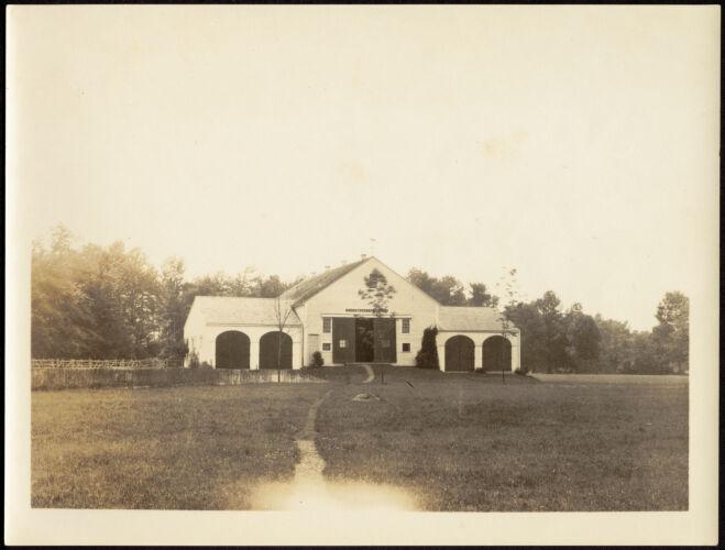 Ashdale Farm. Front of Barn.