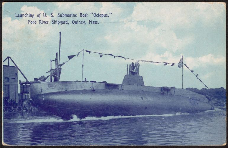 "Launching of U.S. submarine boat ""Octopus,"" Fore River Shipyard, Quincy, Mass."