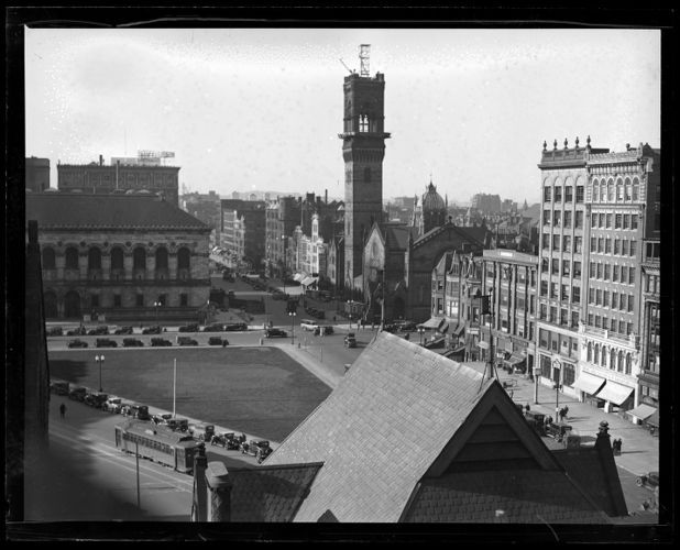 New Old South Church tower being taken down as it is unsafe. Boston, Mass.