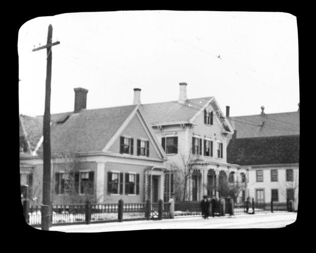 Ensign G. Fellows house, Thomas H. Plumer house
