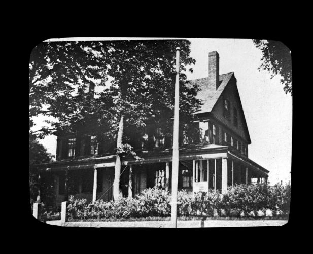 Colonel Abner E. Packard house