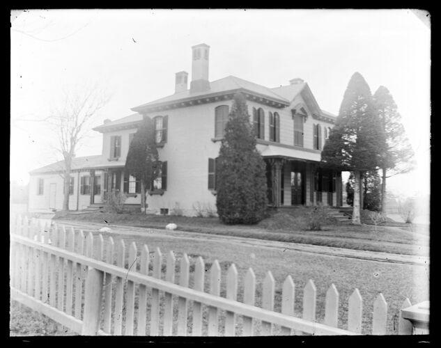 Captain James H. Dawes House, 272 Main Street