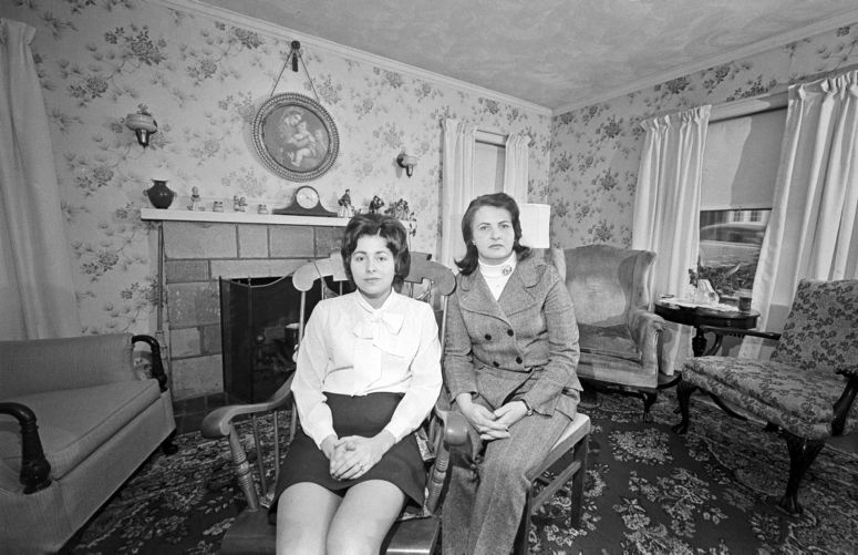 Anti-abortionists at home in parlor (note picture), Quincy
