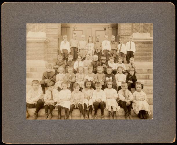 2nd grade, Hood School