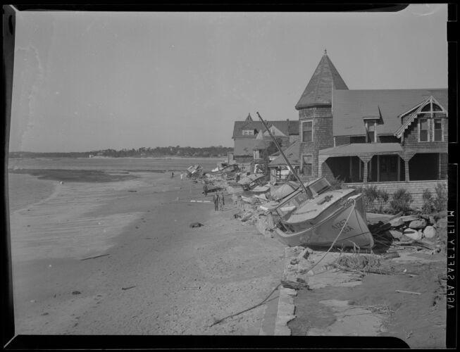Boats driven ashore, Hurricane of 38