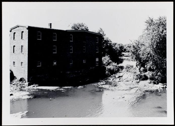 Bemis factory, Charles River dam