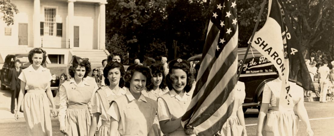 Sharon Girl Scouts 1943