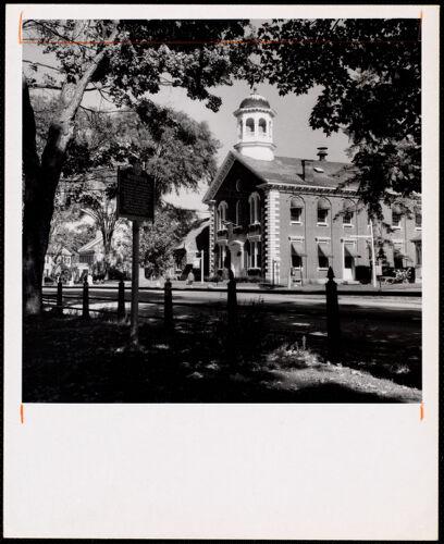 Woodstock, Vt. - village green court house