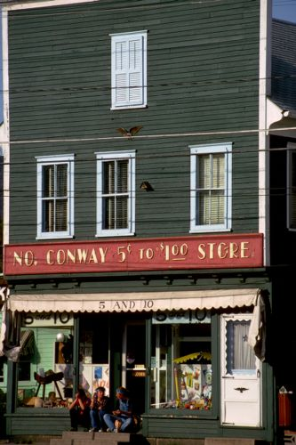 5 & 10 store, North Conway, New Hampshire