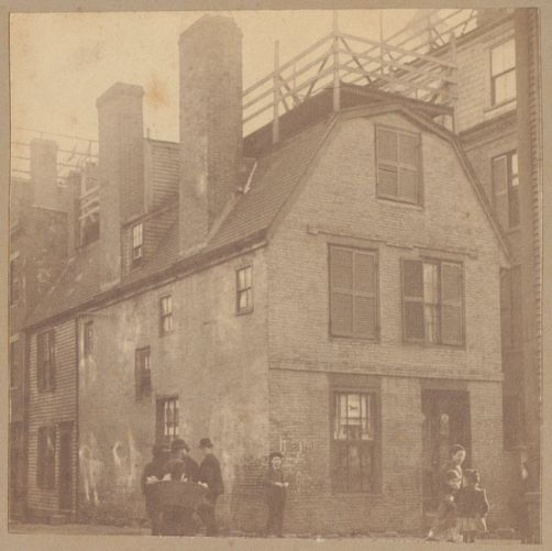 Boston, Clough House, Sheafe Street, before 1725