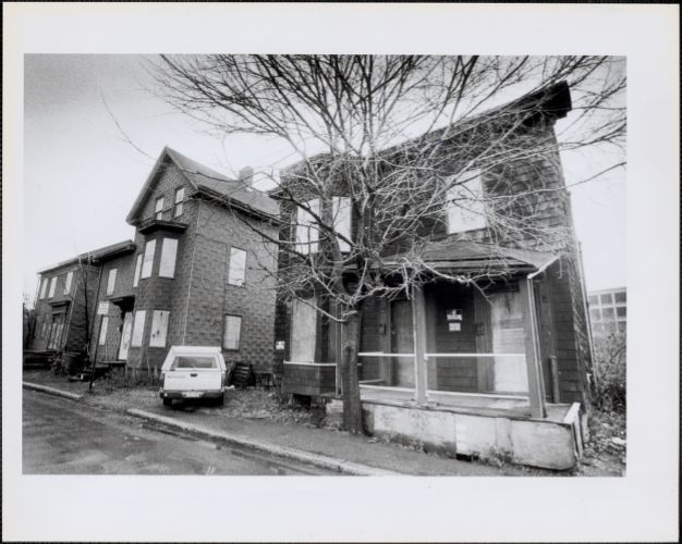 3 empty houses on Blanche street the homeless would like, owned by MIT