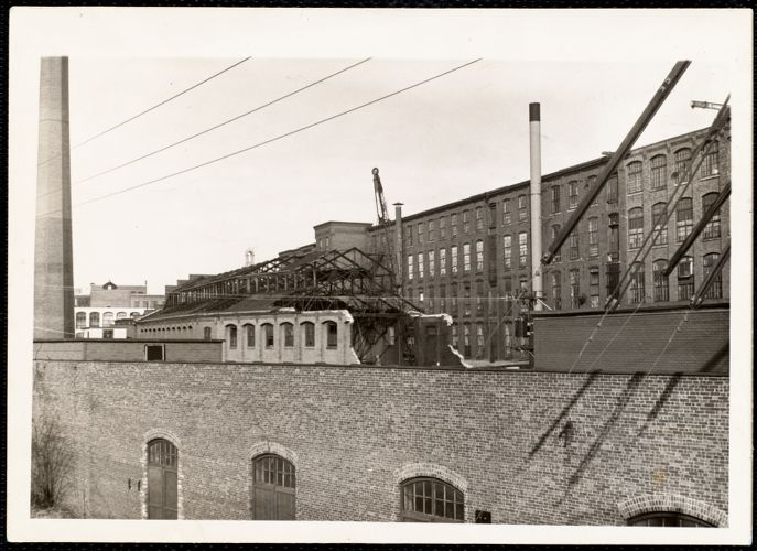 Demolishion of Pacific Mills old boiler room (30+ boilers)