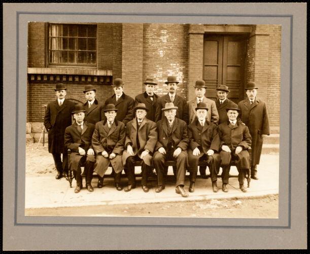 Pacific Mills group of overseers