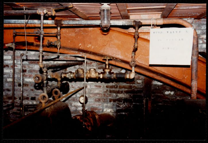 Lower Pacific Mill. A pump room